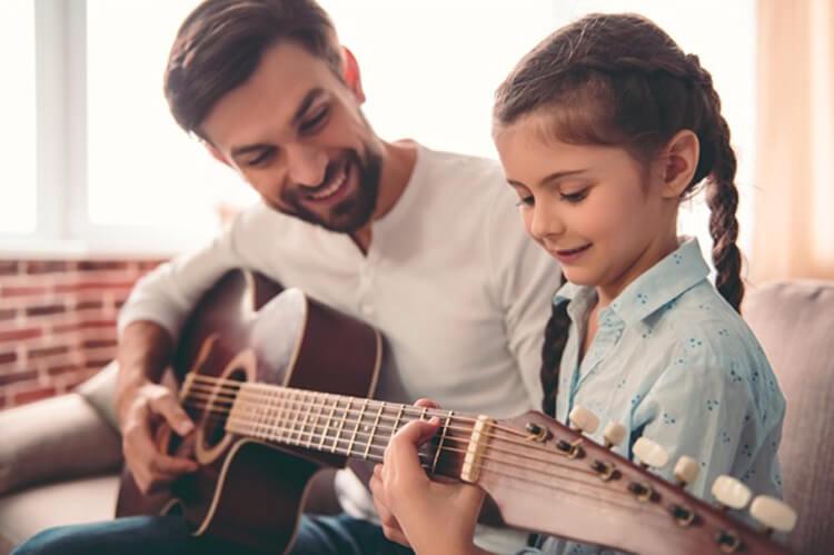 Vaali lapsen luontaista lahjakkuutta ja rohkaise lasta kehittämään sitä