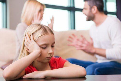 Miten vanhempien ero vaikuttaa lapseen?