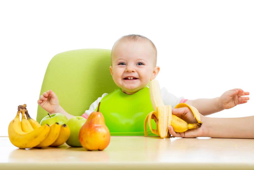 Hedelmien lisääminen lapsen ruokavalioon