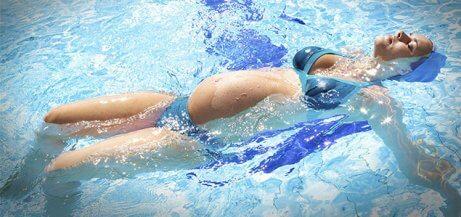 Raskauden aikaisen uinnin hyödyt