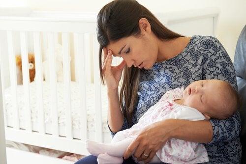 Kuinka toimia, kun vanhemmuus kaduttaa?