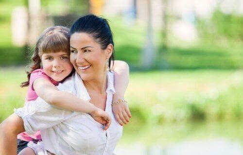 Lapsen kasvattaminen optimistiseksi tapahtuu jokapäiväisillä toimilla
