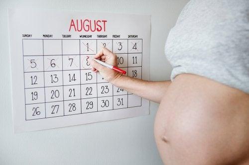 Synnytys pelottaa monia äitejä