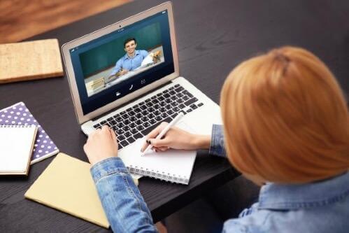 Etäopiskelu: Verkko-opintojen plussat ja miinukset