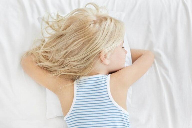 Tarvitseeko lapsi aina aamupäivän päiväunet?