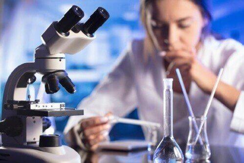 STEM-alan naiset - miksi heitä tarvitaan lisää?