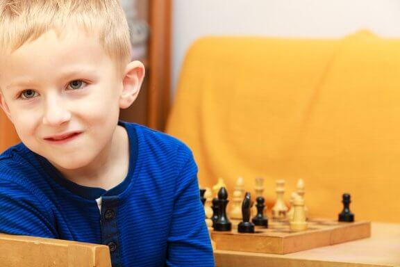 Tavalliset virheet älykkään lapsen kasvatuksessa