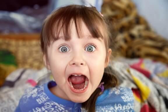 Kuinka toimia, kun lapsen pelot ovat irrationaalisia?