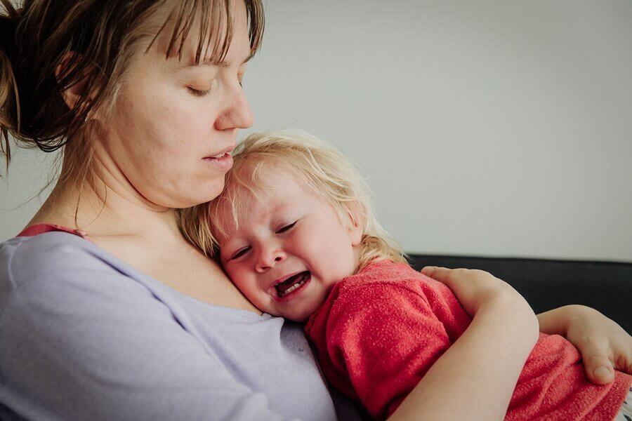 Miksi vauva herää itkien?