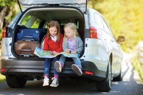 Parhaat leikit lasten kanssa matkustamiseen
