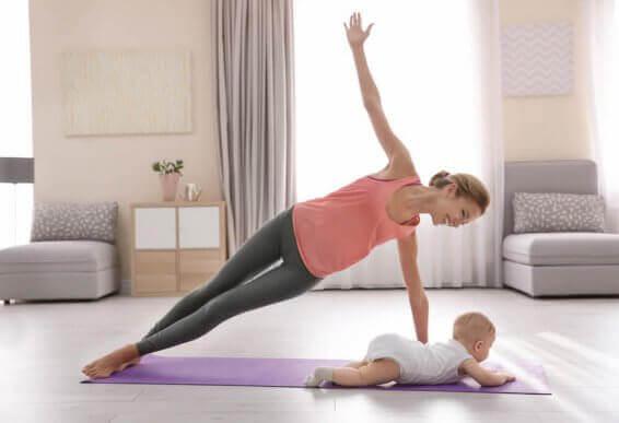 Parhaat liikuntamuodot synnytyksen jälkeen