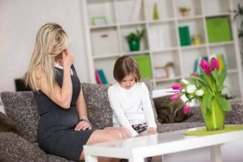 7 yleistä virhettä lasten kasvatuksessa
