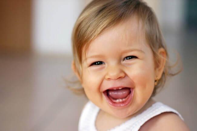 Kuinka lapsi kehittää oman persoonallisuutensa?