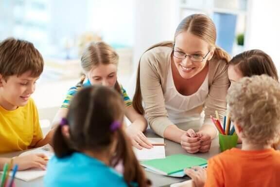 Lapsen kunnioituksen puute opettajia kohtaan