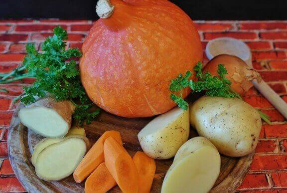 4 porkkanareseptiä lapsille - porkkanaa ja perunaa.