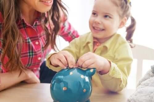 Rahakasvatus on tärkeä osa vanhemmuutta