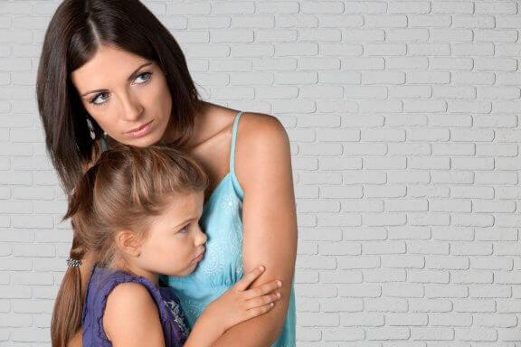 Kuinka käsitellä lapsen eroahdistusta?