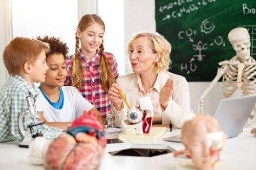 Neurologian soveltaminen koulussa oppimiseen