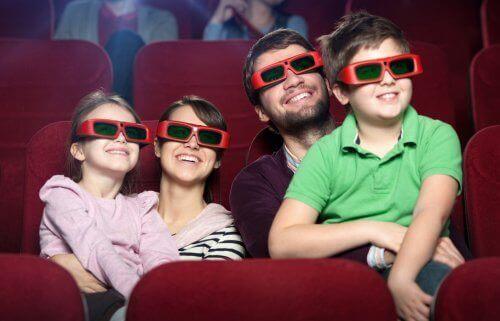 Koko perhe voi nauttia yhdessä Disney-elokuvista