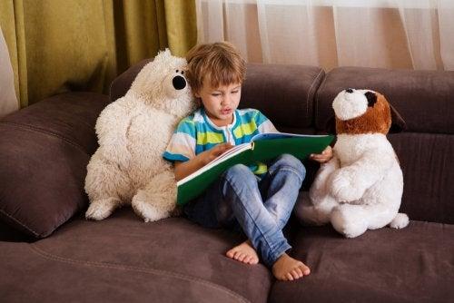 7 tapaa parantaa lapsen luetun ymmärtämistä