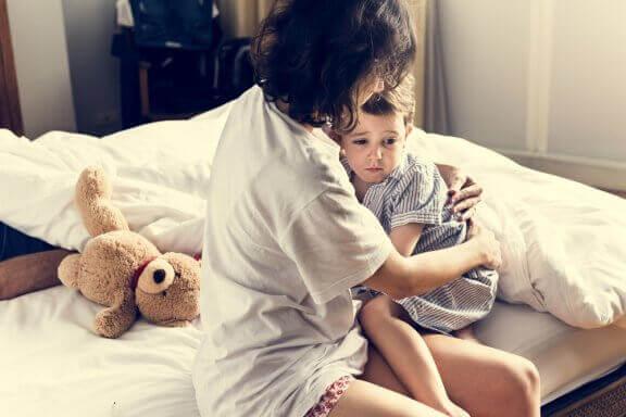 Kuinka toimia, kun lapsi näkee painajaisia?