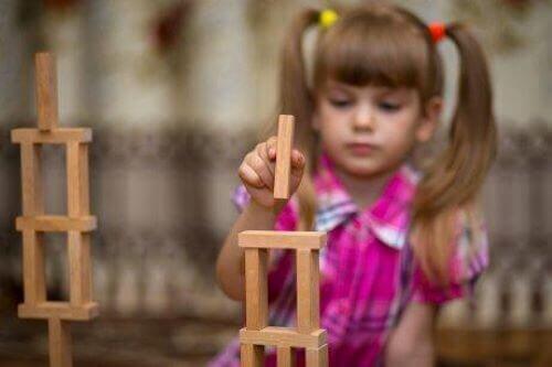 Rakennuspalikat ovat hyödyksi lapsille