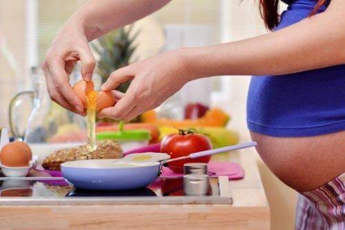 Terveellinen ravitsemus raskauden aikana