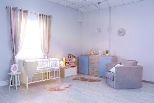 Vauvan huoneen sisustaminen käytännön vinkkien avulla