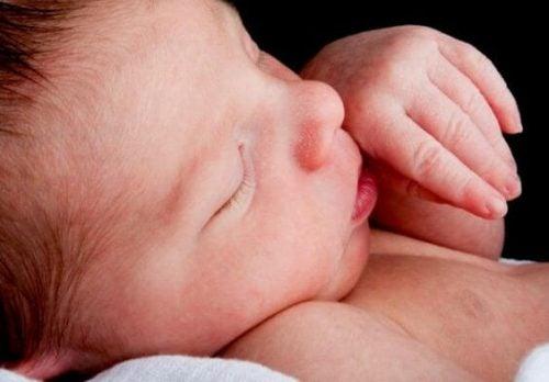 Alhainen syntymäpaino ja sen terveysriskit