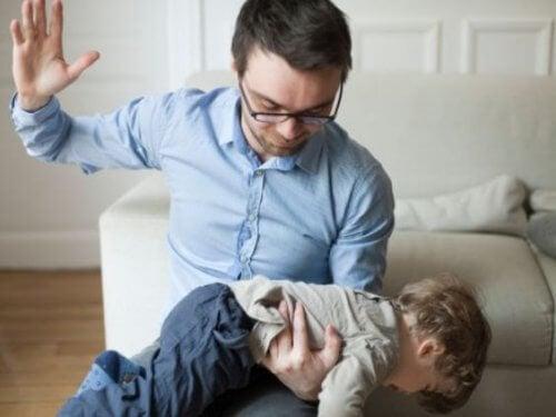 Lapsen fyysisen rankaisemisen psyykkiset seuraukset