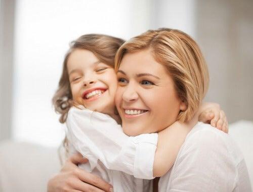 Lapsen aivojen kehitys ja rakkauden tärkeys