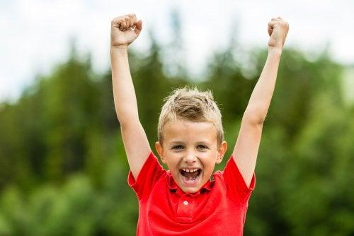 Kuinka kasvattaa lapsi, jolla on hyvä itsetunto?