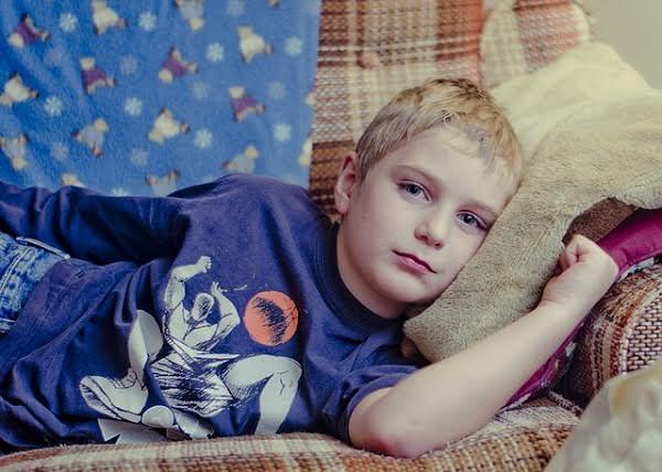 Näin tunnistat lapsen umpilisäkkeen tulehduksen
