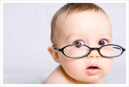 Vauva näkee värit eri tavalla kuin aikuinen
