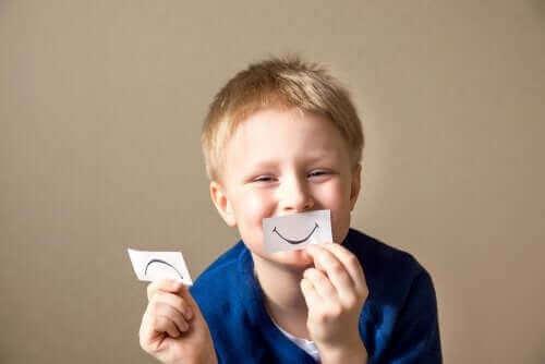 Lapselle on tärkeää opettaa sinnikkyyttä jo pienestä pitäen
