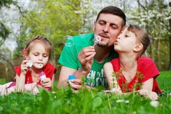 Kokeile lasten kanssa uusia asioita kesälomalla