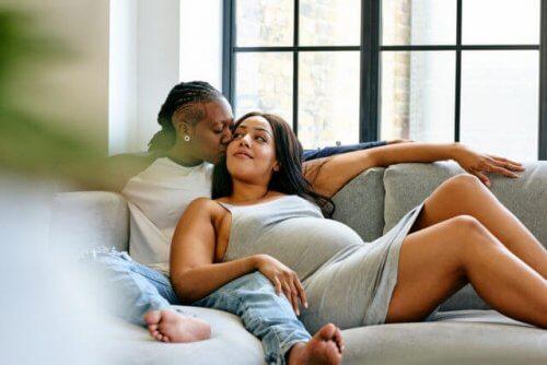 Munasolun luovutus mahdollistaa samaa sukupuolta olevien parien lasten saamisen