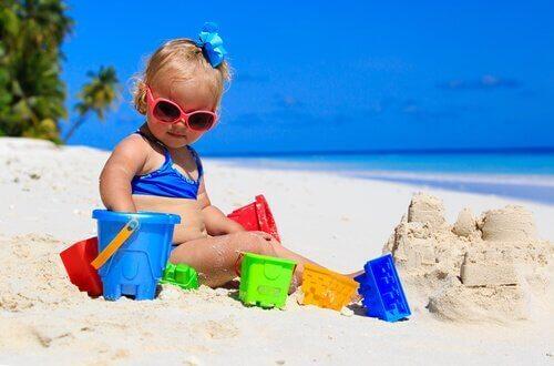 Parhaat keinot suojata vauva auringolta