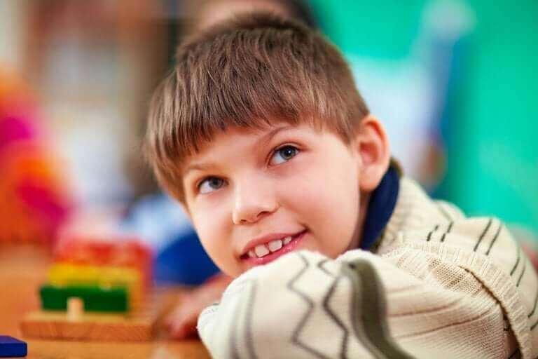 Erityistukea tarvitsevan lapsen koulutus voidaan järjestää eri tavoin