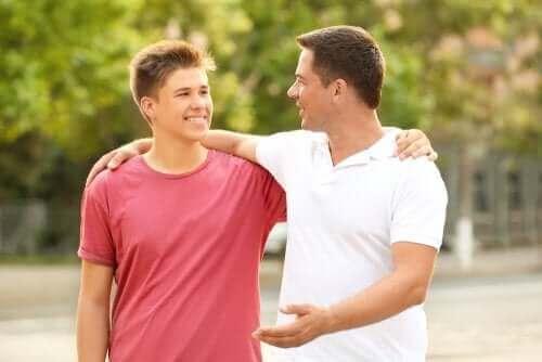Kuinka parantaa teini-ikäisen huonoa käytöstä?