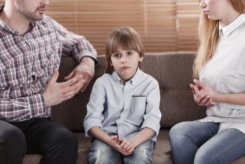 Ylikriittiset vanhemmat ja lapsen kehitys