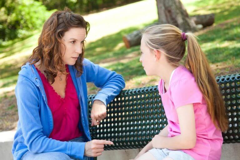 Kuinka puhua lapselle tuntemattomista ihmisistä?