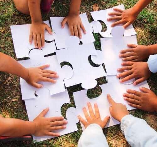 Yhteistyötä vaativien pelien ja leikkien hyödyt