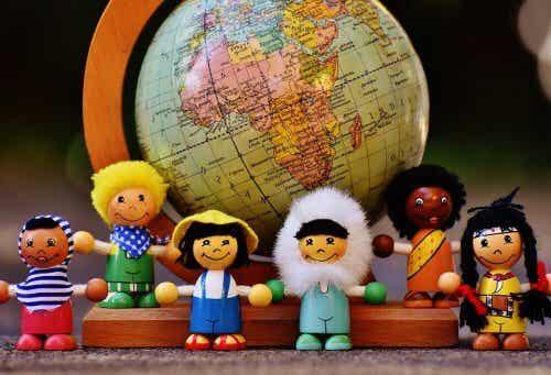Kuinka opettaa lapselle monimuotoisuuden kunnioittamista?