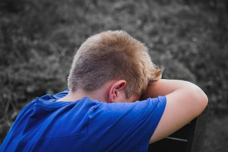 Opeta lasta selviämään kiusaamisesta