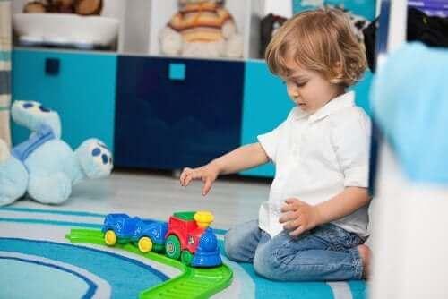 Lapsen uhmaikä ja siitä selviäminen