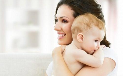 Se, että lapselle annetaan hänen tarvitsemansa asiat, ei ole piloille hemmottelua