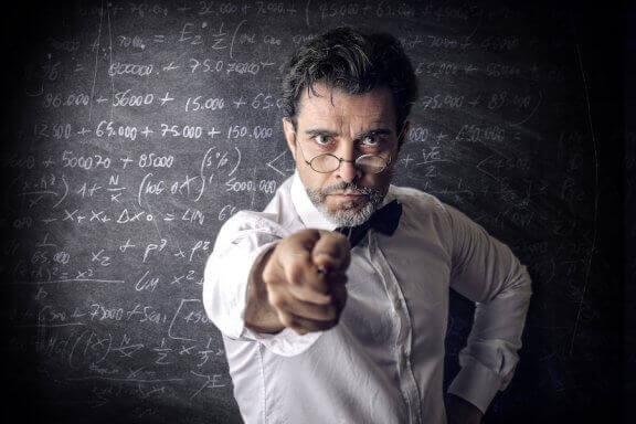 Huonojen opettajien ominaisuudet