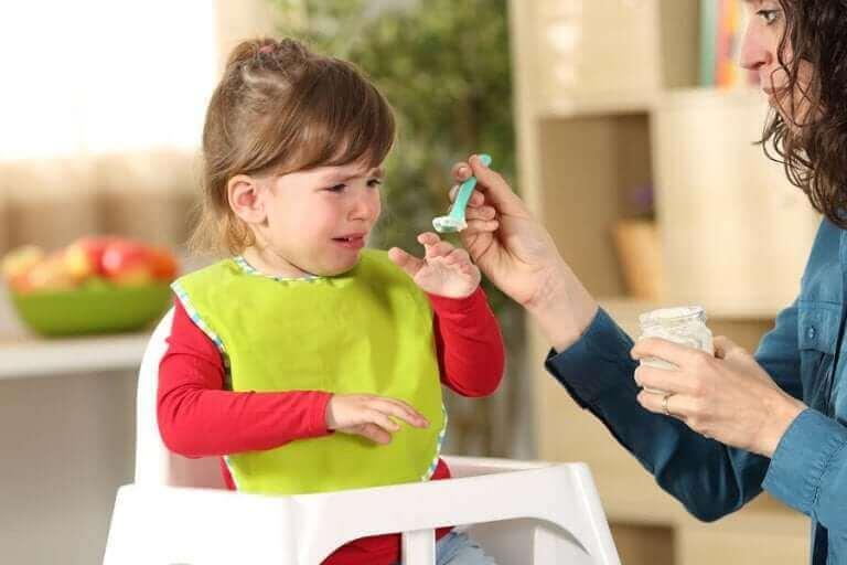 Lapsen valikoiva syöminen