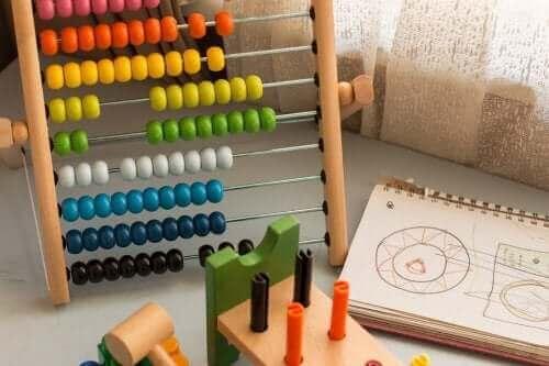 Lapsen matemaattinen älykkyys muodostuu perustaidoista